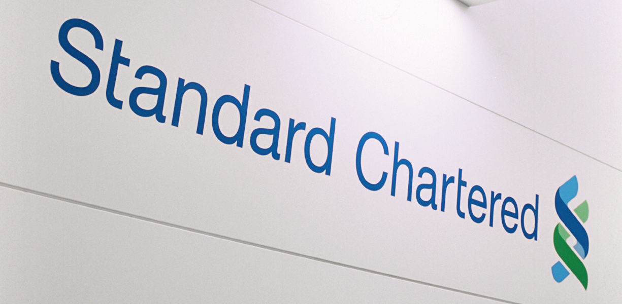 standard-chartered-sign
